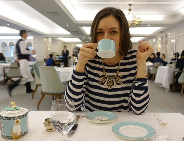 Tea Pose